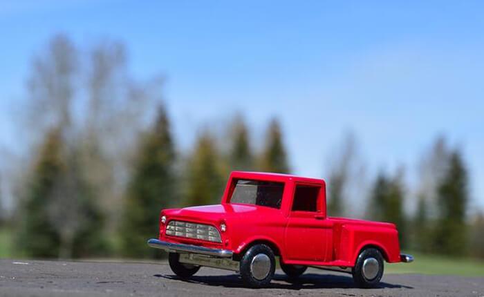 トラックは4WDが多い