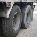トラックに多い駆動方式とは?前輪駆動と後輪駆動のメリットを徹底比較!