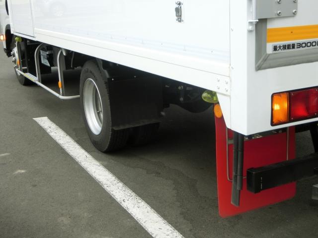 前輪駆動と後輪駆動の駆動方式によるメリットは?トラックに適した駆動方式とは?