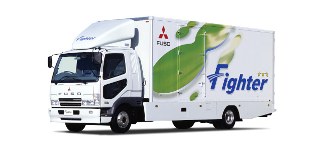 歴代中型トラックの後を継いだ「三菱ファイター」を知ろう!