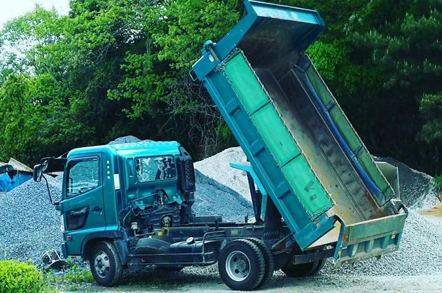作業効率に大きく影響するダンプカーの積載量
