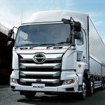 日野の大型トラックとして40年近く君臨するプロフィアの特徴や人気の秘密を大紹介!