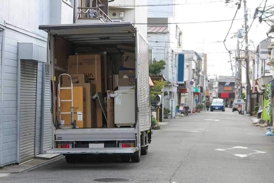 トラックの種類や特徴・使用用途は幅広い!維持費や必要免許などもご紹介!