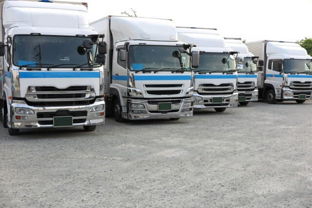 商用車両の製造・販売を行うトラックメーカー
