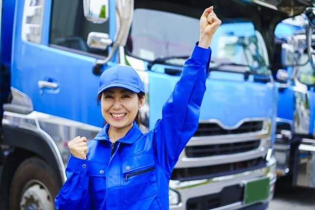 独特な車両感覚や運転感覚を身に付ければ快適なトラックの運転が可能となる