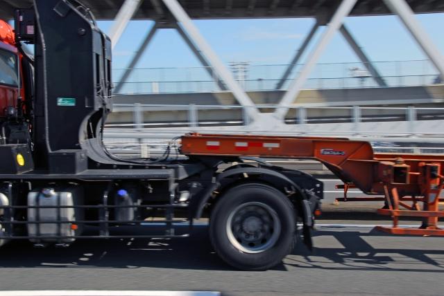 牽引貨物自動車の車両運搬車(キャリアカー、回送車)のボディタイプは?