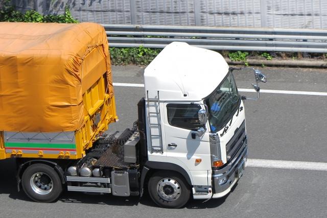 さまざまな種類で大量輸送を実現する牽引貨物自動車!トレーラーを一挙に大紹介!