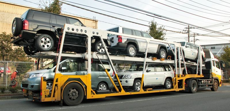 車輌運搬車(キャリアカー)