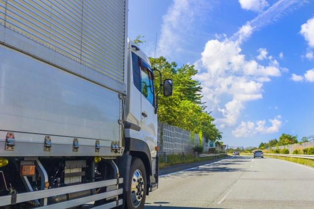 夏バテ?酷暑を乗り切った後の季節はトラック故障発生率が高い!理由や対処法とは?