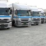 国内物流の主力!大型トラック人気モデルのスペックや車両選定のポイントとは?