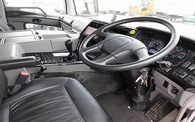 トラック始動装置のセルモーターとは?主な故障原因や故障発生時の対処法、修理相場を大紹介!