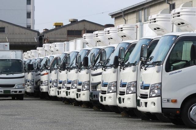 トラックを事業用登録する申請方法とは?