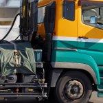 走行不能リスクも!トラックのミッション故障の主な原因や対処法、修理費用目安とは?