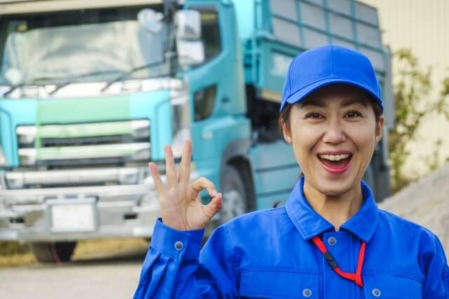 中古トラック販売店の新古車なら新車同様のトラックを短納期で導入できる