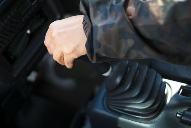 効果的な変速でエンジン出力を効率的に駆動力に転換するトランスミッションとは?