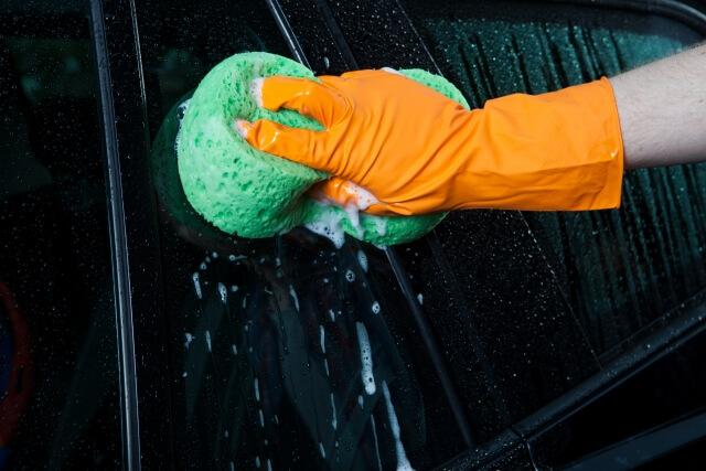 洗車は重要なトラックメンテナンス?セルフでの洗車方法と便利な洗車グッズとは