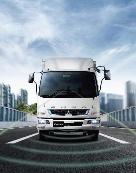 様々なシーンを想定した先進安全装置を新規に搭載...ザ・トラック