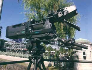 高解像度での撮影を可能にする4Kビデオカメラ...ザ・トラック