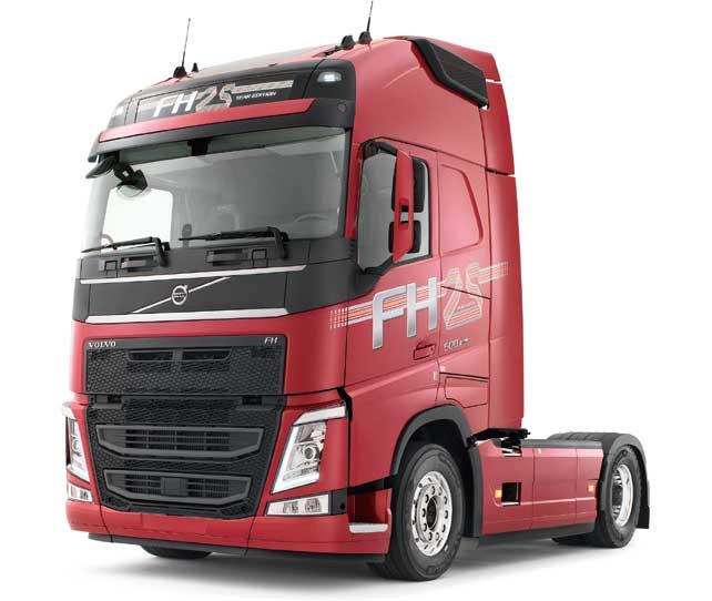 """新型「ボルボFH」は""""ドライバーを設計の中心にとらえた考え方""""を理念に開発されている...ザ・トラック"""