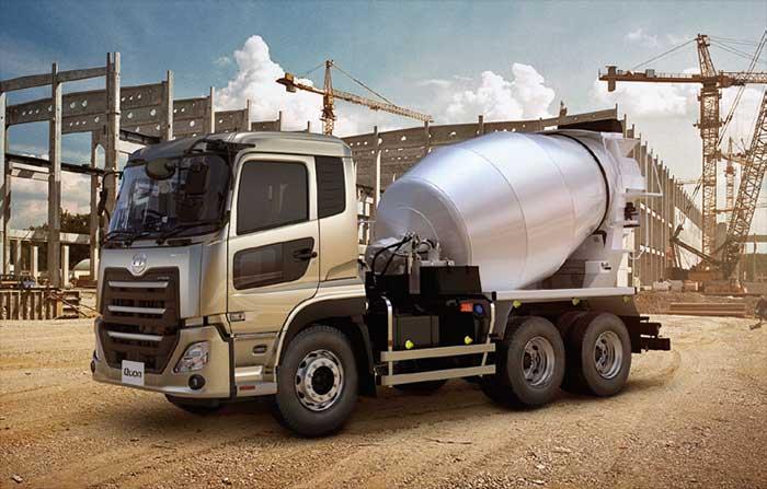 軽量化により標準の容量4.4㎥に加えクラス最大となる容量4.5㎥のドラムも選択可能となったミキサー...ザ・トラック
