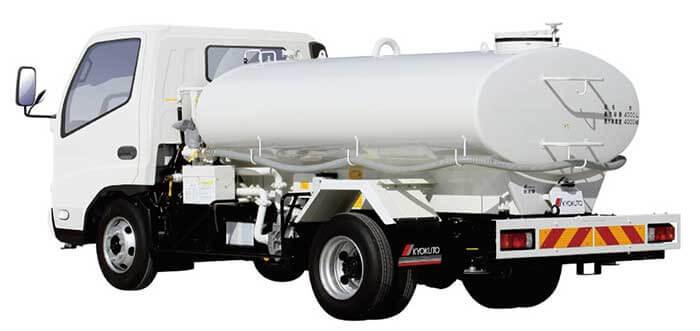 スイッチ操作で吸水作業を自動化した自動吸水式の新型「スーパー散水車」...ザ・トラック