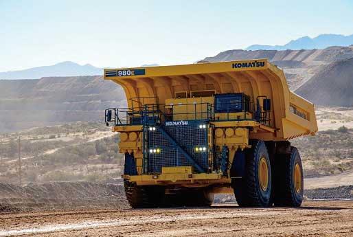 鉱山用のコマツ電気駆動式超大型ダンプトラック「980E-4」...ザ・トラック