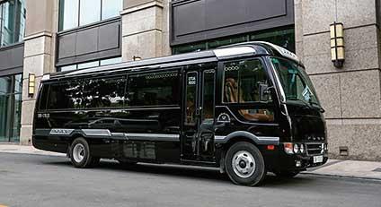 ROSA 小型リムジンバス「FUSO ROSA Limousine D-Car」...ザ・トラック