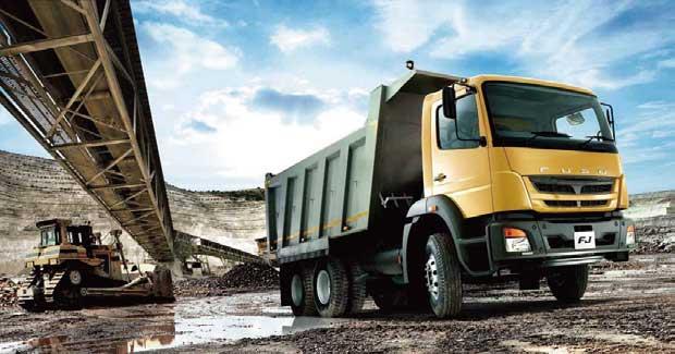 DICVオラガダム工場で5,000台の輸出達成したFUSOラインナップ車(写真はFJ)...ザ・トラック