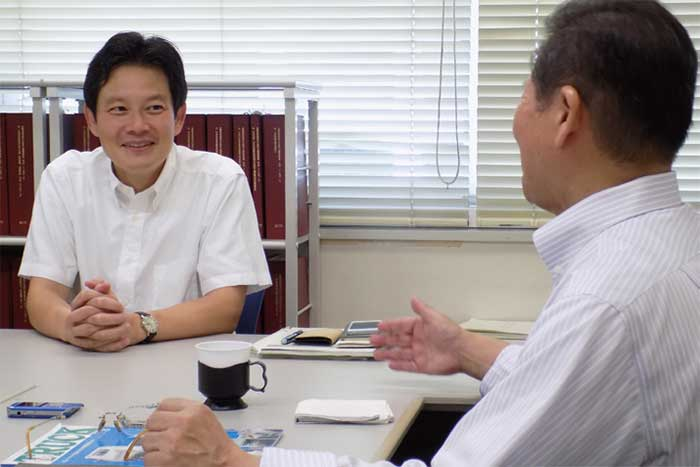 「業界の皆さんとコミュニケーションを密にして諸問題に取り組んでいきたい」…加藤貨物課長...ザ・トラック