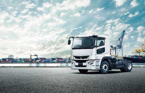 新型「スーパーグレート」に追加されたトラクタ車型...ザ・トラック