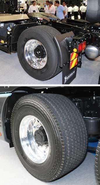 車両軽量化が図れるオプション設定のスーパーシングルタイヤ...ザ・トラック