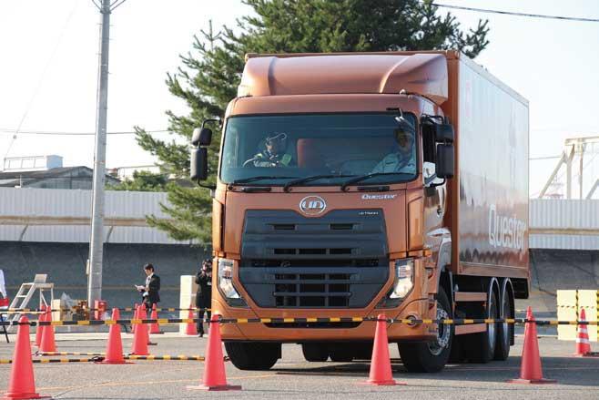 大型トラック「クエスター」...ザ・トラック