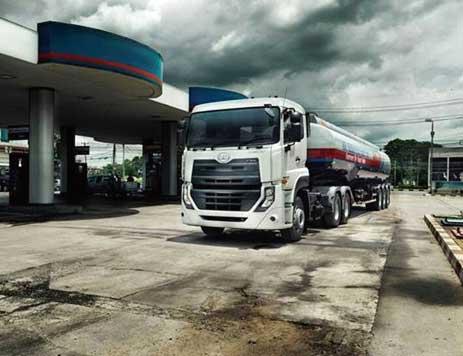 パキスタンに投入された大型車「クエスター」...ザ・トラック