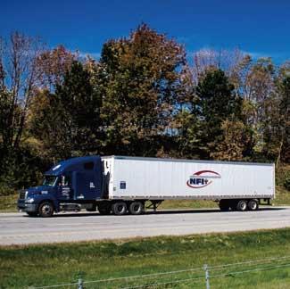 NFI社の代表的連結車の外観。比較的軽量貨物用のバントレも多い...ザ・トラック