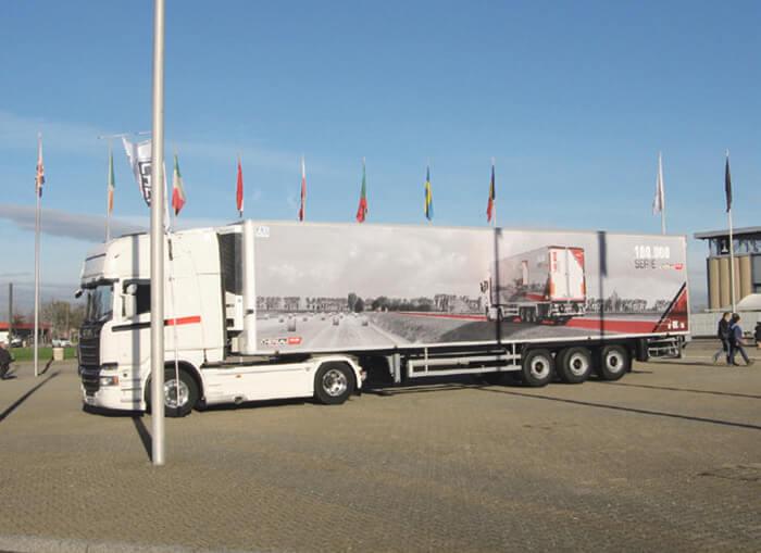 3軸トレーラー…ザ・トラック