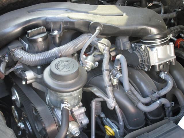 摩耗によってトラックのエンジンパワーを低下させるエンジンパーツとは?