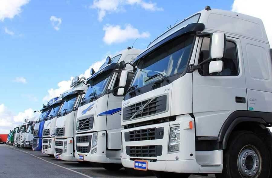 トラックの種類はどんなものがあるの?