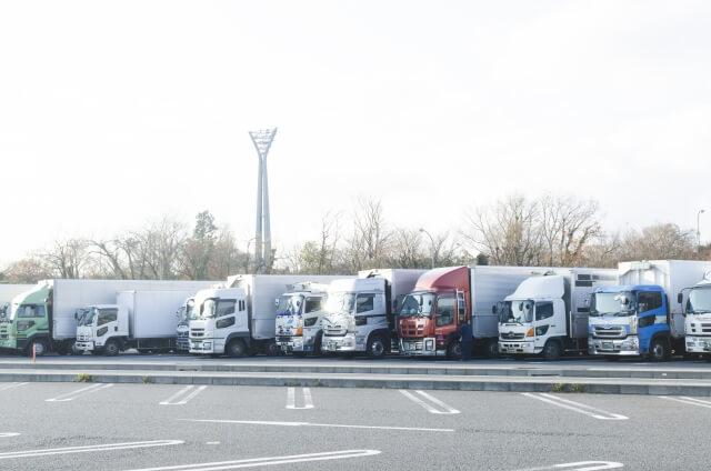 トラック運行管理に欠かせないタコグラフとは?タコグラフの種類などを大紹介!