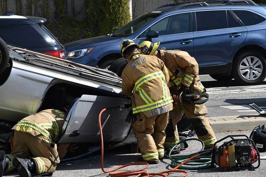 深視力がなければ事故を起こしてしまう可能性もあり危険