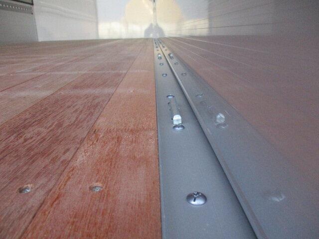 三菱 ファイター 中型 ウイング エアサス ベッド 画像7