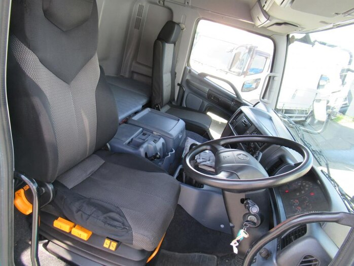 日野 プロフィア 大型 クレーン付 エアサス 3段|積載 12.7t トラック 画像 ステアリンク掲載