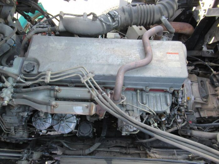 日野 プロフィア 大型 クレーン付 エアサス 3段|フロントガラス トラック 画像 トラック王国掲載