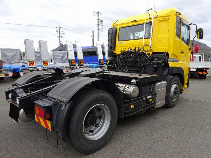 日産UD クオン 大型 トラクタ 1デフ エアサス トラック 右後画像 リトラス掲載