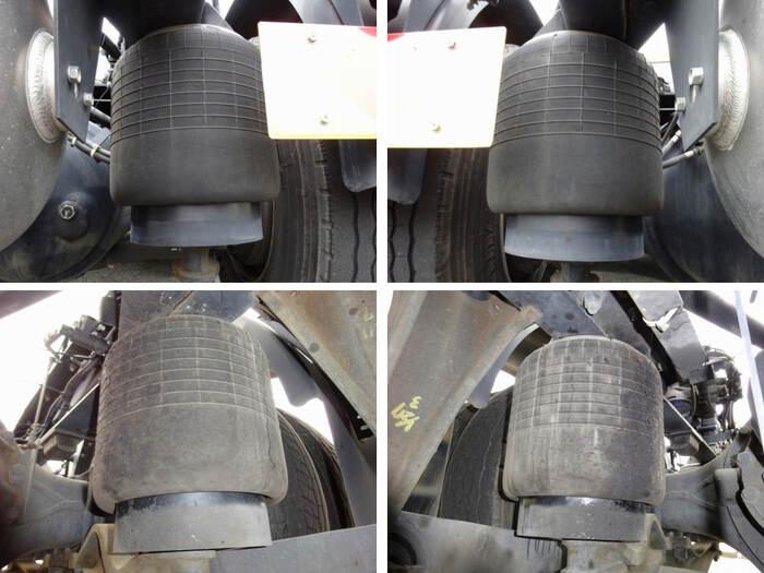 日産UD クオン 大型 トラクタ 1デフ エアサス 荷台 床の状態 トラック 画像 トラックサミット掲載