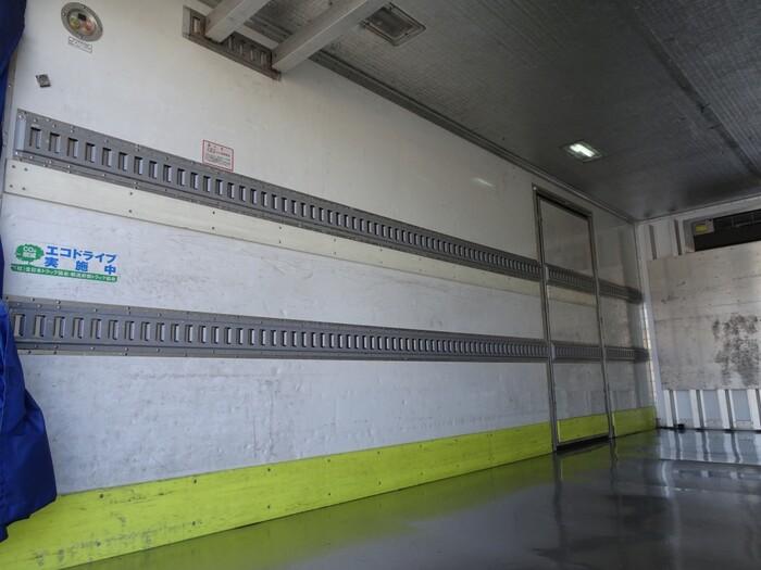 いすゞ フォワード 中型 冷凍冷蔵 低温 床ステン 画像5
