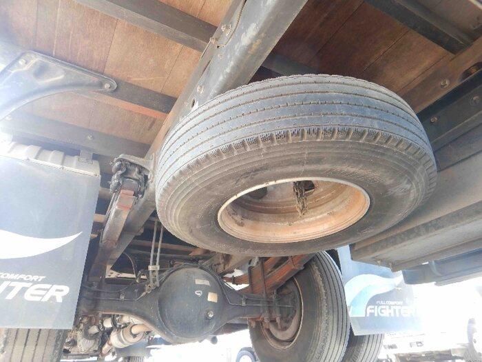 三菱 ファイター 中型 クレーン付 床鉄板 4段 年式 H16 トラック 画像 トラックサミット掲載