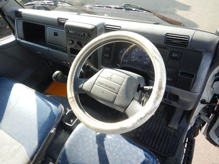 三菱 キャンター 小型 タンク車 バキューム KK-FE73EB|画像5