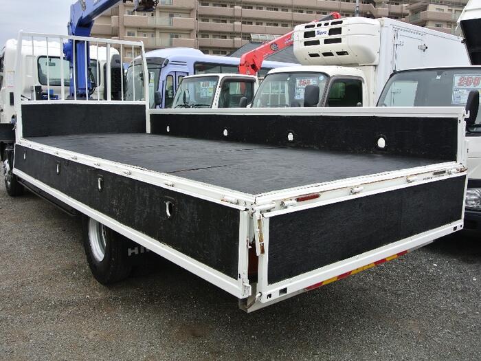 日野 レンジャー 中型 クレーン付 4段 ラジコン|トラック 右後画像 リトラス掲載