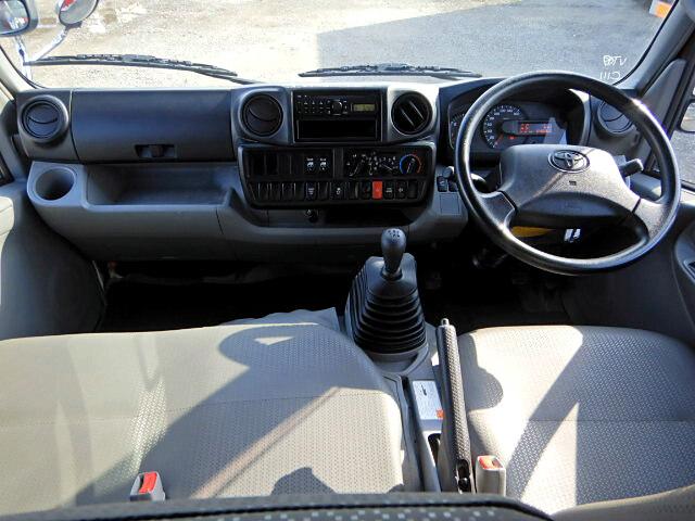 トヨタ ダイナ 小型 平ボディ Wキャブ 床鉄板 画像5