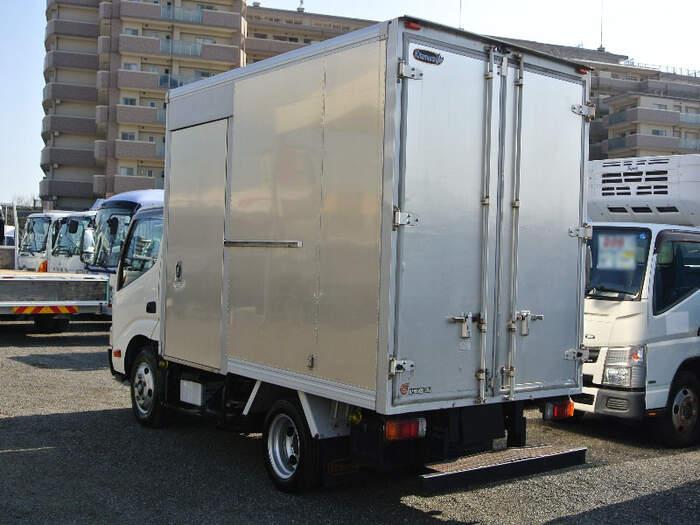 トヨタ ダイナ 小型 アルミバン サイドドア TKG-XZU605|トラック 右後画像 リトラス掲載